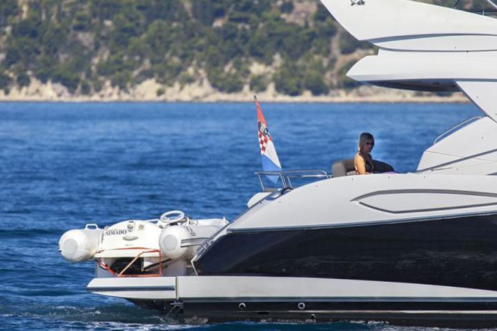 Sunseeker Manhatan 52