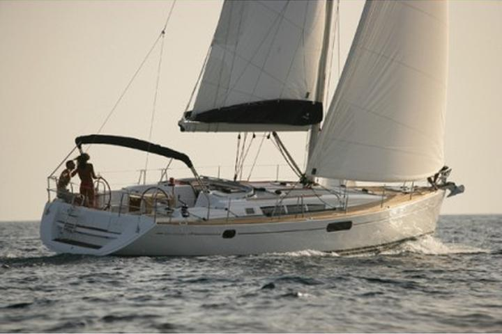 Sun Odyssey 49i